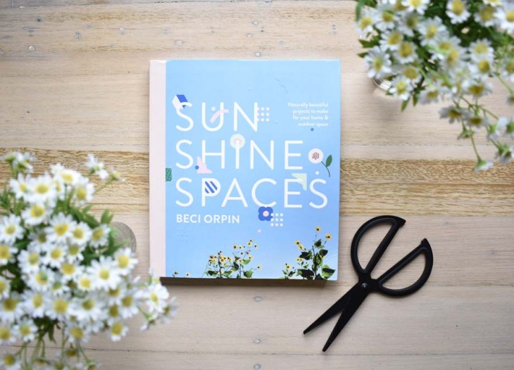 HOORAY-Magazine_Sunshine-Spaces-Beci-Orpin_01