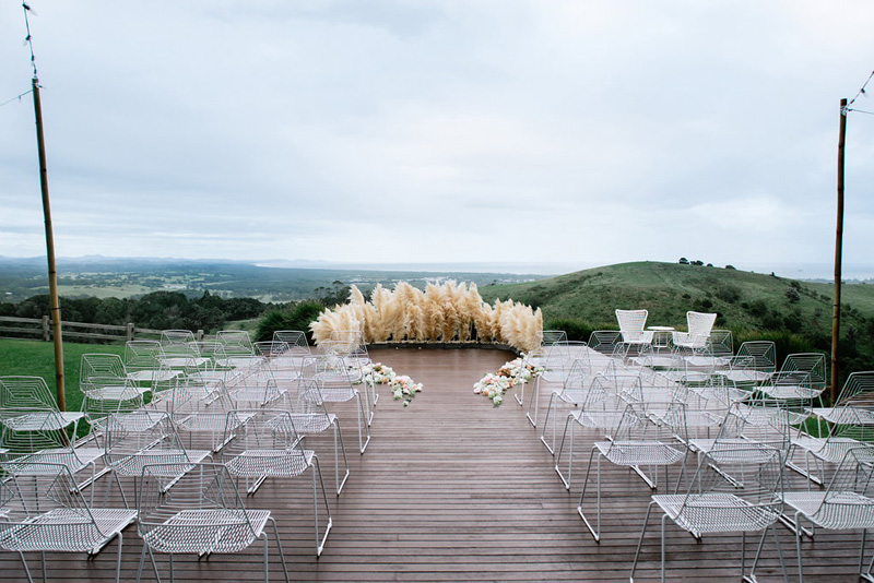 Illegal-to-use-pampas-grass-in-a-wedding-Byron-Bay_07