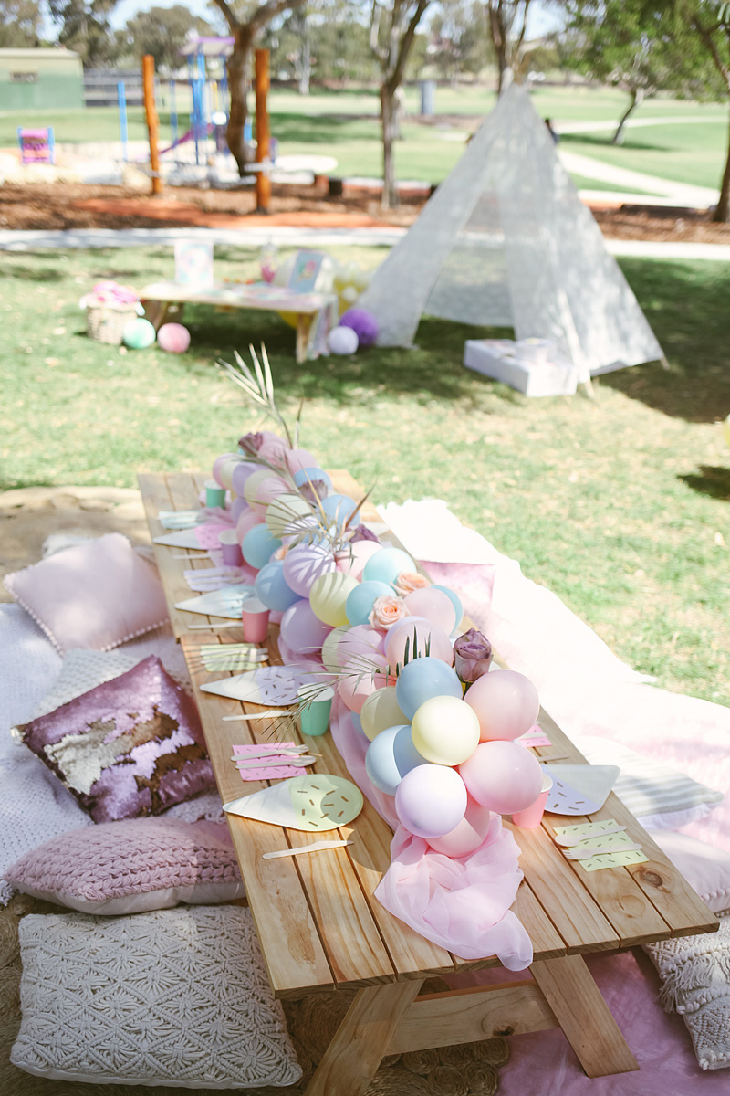 HOORAY-Pastel-picnic-birthday-party_48