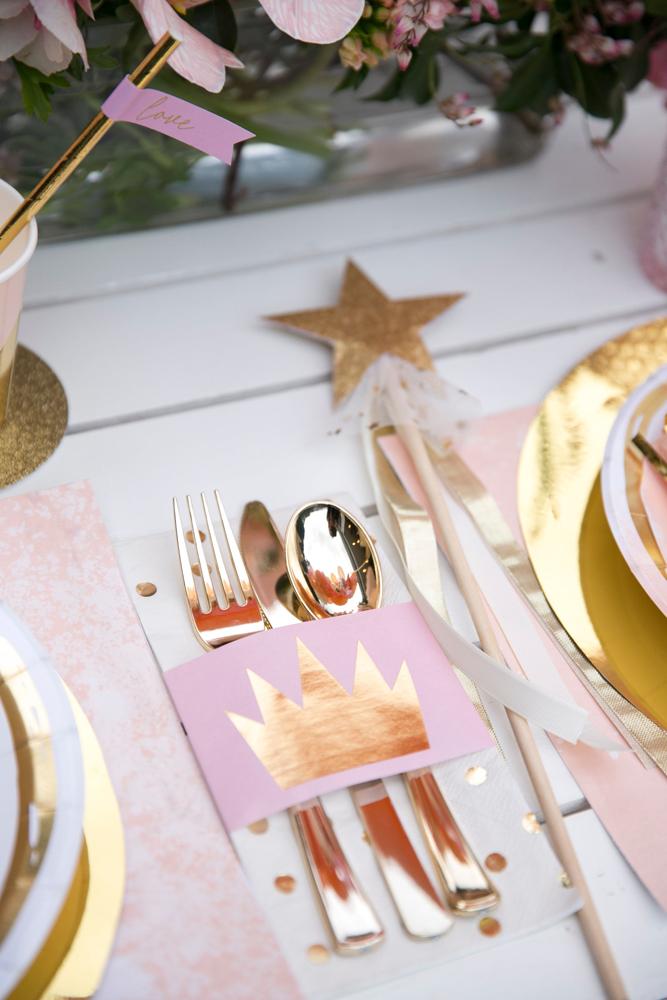 Pretty-pink-princess-kids-birthday-party_13