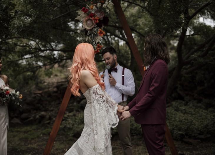 Intimate-bohemian-wedding_054